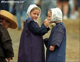 Amish Chilldren Playing - from amishamerica.com