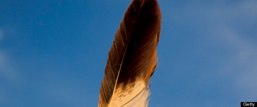 r-NATIVE-AMERICAN-EAGLE-FEATHER-large570