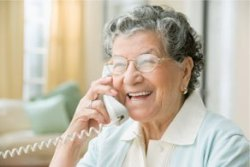 old-lady-on-phone